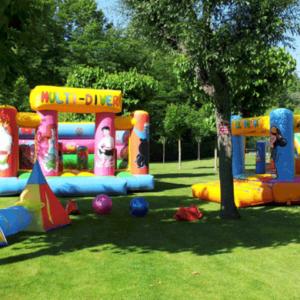 Els castells inflables són una atracció per a nens àmpliament estesa